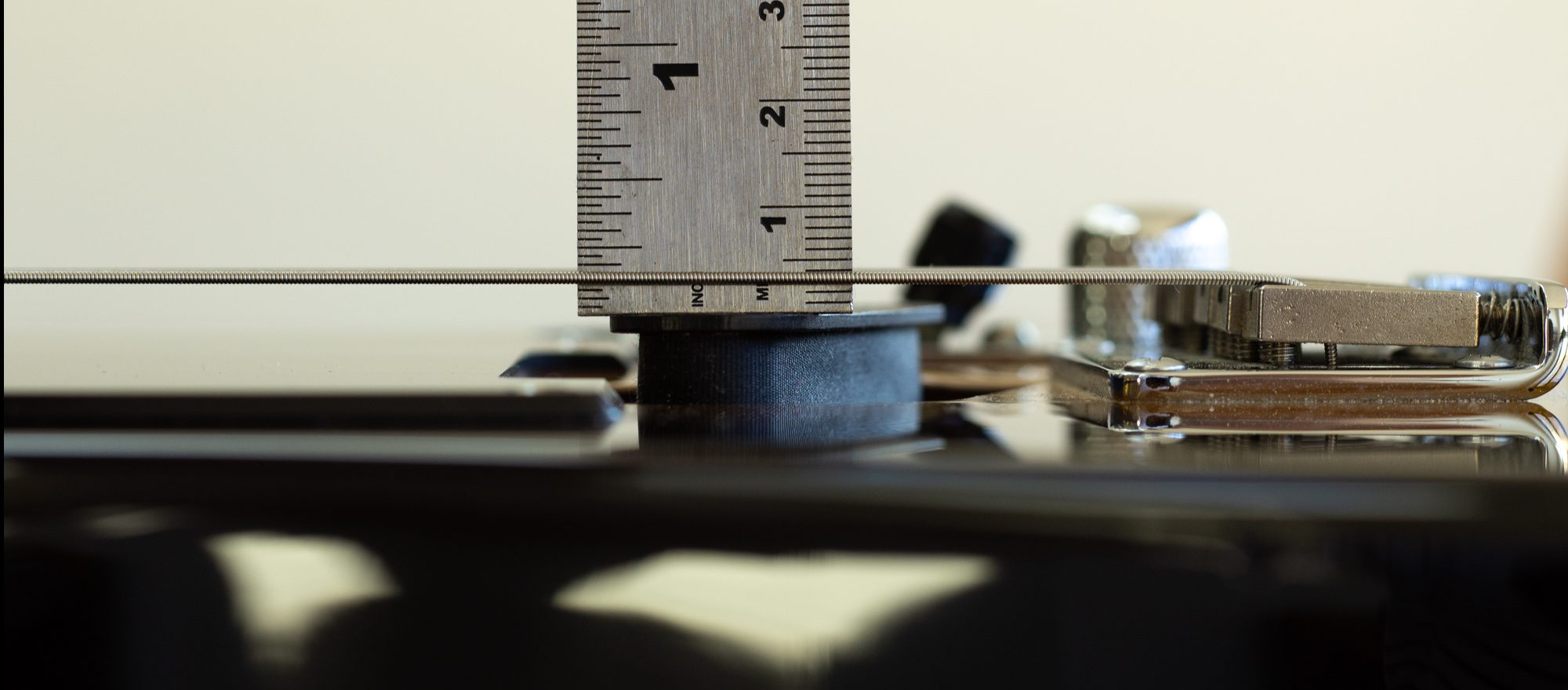 Pickup height measured with a steel ruler