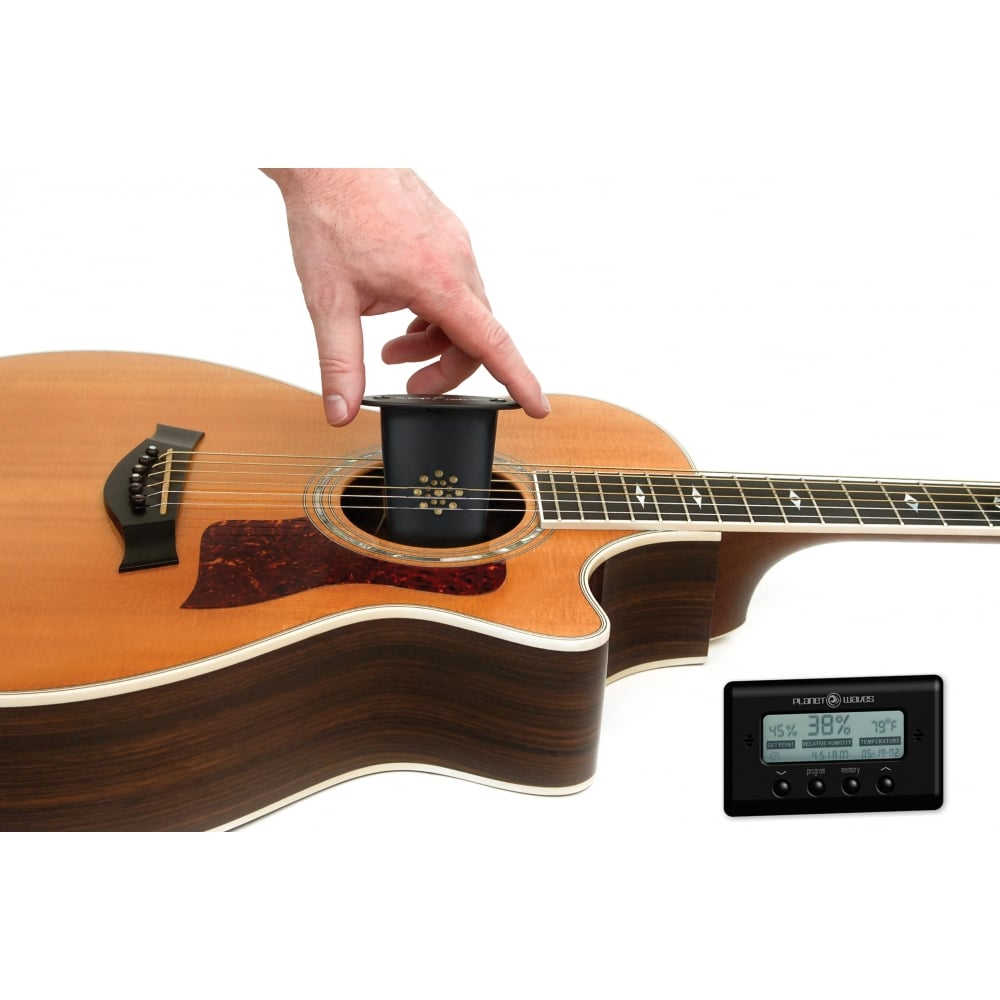 planet waves acoustic guitar humidifier with digital humidity sensor. Black Bedroom Furniture Sets. Home Design Ideas